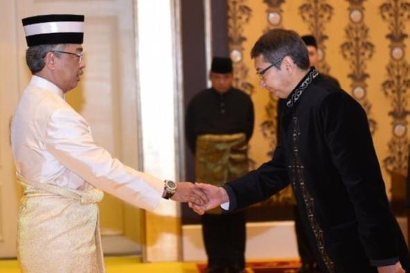 哈萨克斯坦大使向马来西亚最高元首递交国书