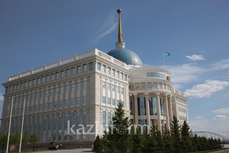 Кайрат Нурпеисов освобожден от должности руководителя представительства Президента РК в Парламенте