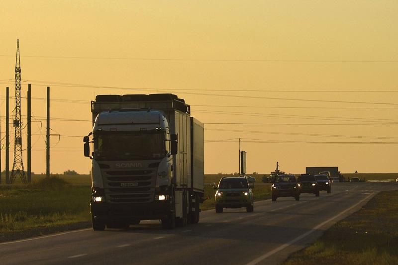 Павлодар облысында ауыр жүк машиналары түнде ғана жүруі мүмкін