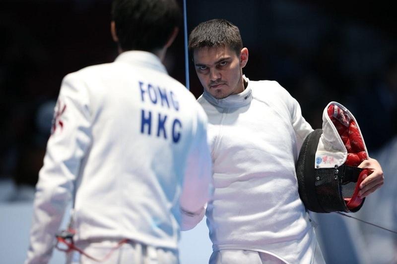 Руслан Курбанов семсерлесуден әлем чемпионатының ширек финалына шықты