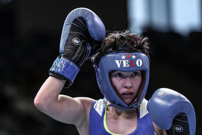 Кубок Президента по боксу: Назым Кызайбай принесла первое «золото» команде Казахстана