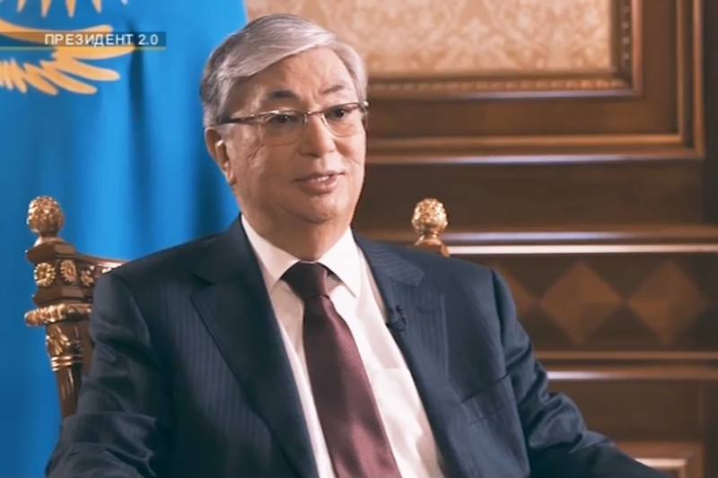 Касым-Жомарт Токаев рассказал о книгах и переписке в WhatsApp