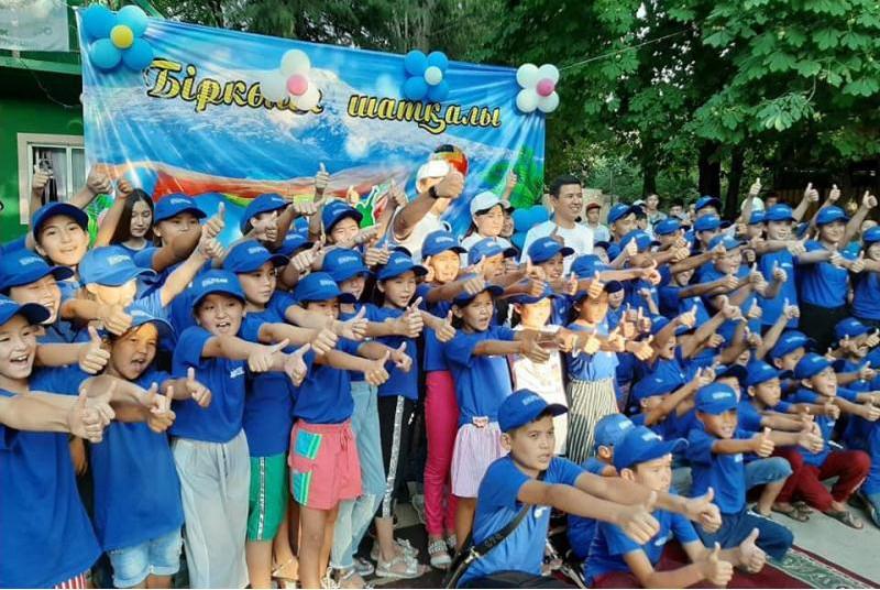 250 детей из Арыси проведут летний отдых в Толебийском районе