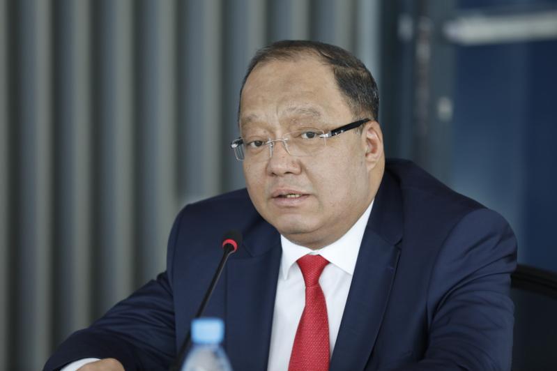 Нам нужно решать вопросы обновления законопроектов - Толеутай Рахимбеков