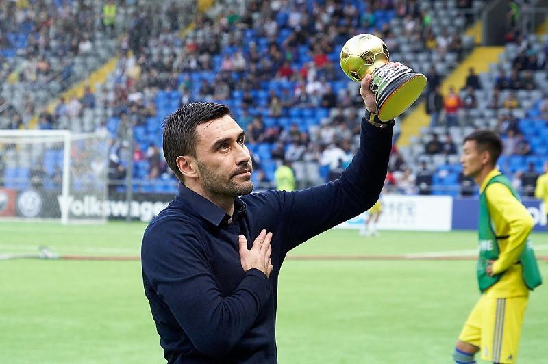 Известный казахстанский вратарь пройдет путь топ-менеджеров «Барселоны» и ПСЖ