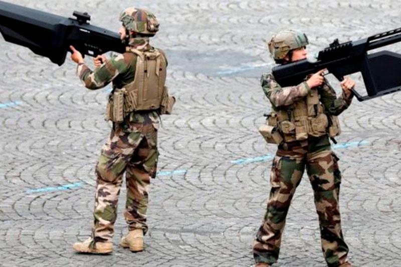 Францияда фантаст жазушыларды әскерге шақырып жатыр