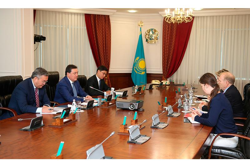 Премьер-Министр встретился с послом США в Казахстане