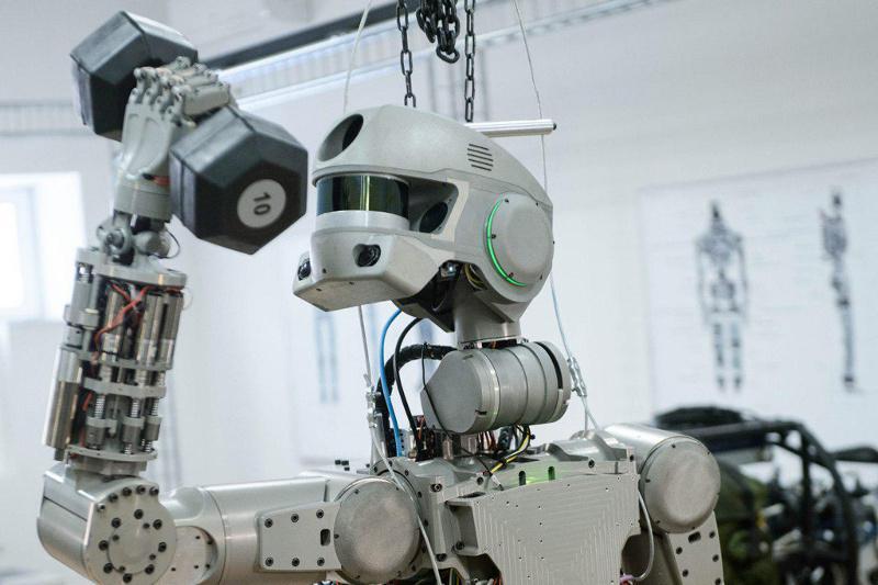 Человекоподобный робот прибыл на Байконур для полета в космос