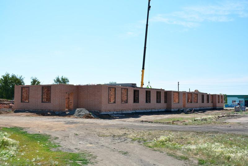 Дом для социально незащищенных слоев населения строят в Акмолинской области
