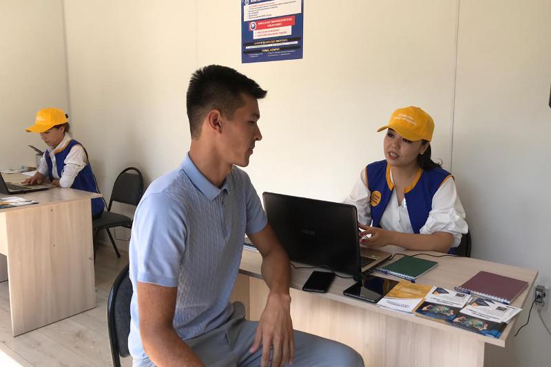 Мобильный центр занятости запустили в Шымкенте