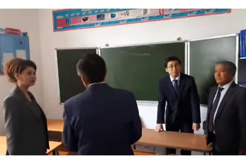 Помощник Президента и министр решили вопрос финансирования строительства школы