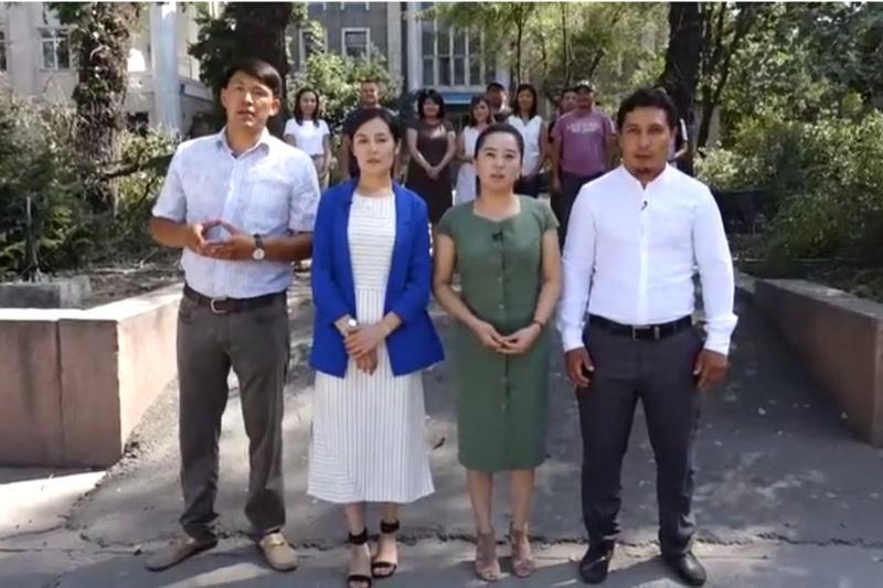 #Аbai175: журналисты кыргызского агентства «Кабар» прочитали наизусть стихи Абая
