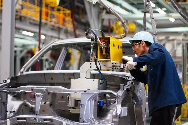 哈萨克斯坦汽车制造厂正努力实现配件国产化