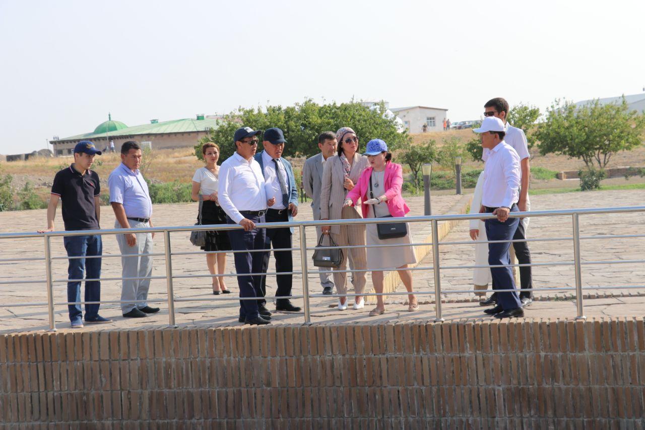 Ақтоты Райымқұлова Түркістандағы киелі нысандар бойынша тапсырмалар жүктеді