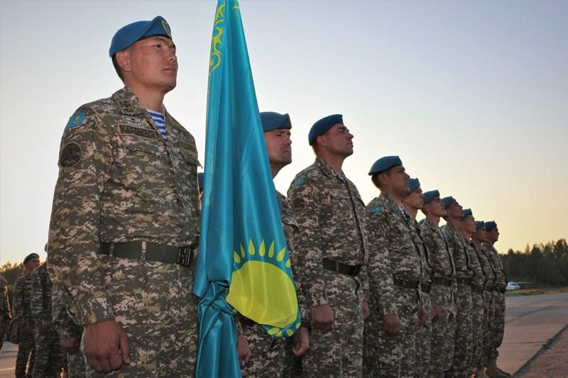 哈萨克斯坦伞兵部队抵达俄罗斯 将参加第五届国际军事竞赛