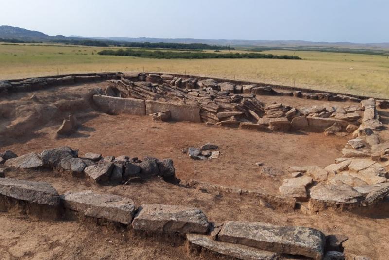 Древний город на территории Карагандинской области исследует группа археологов