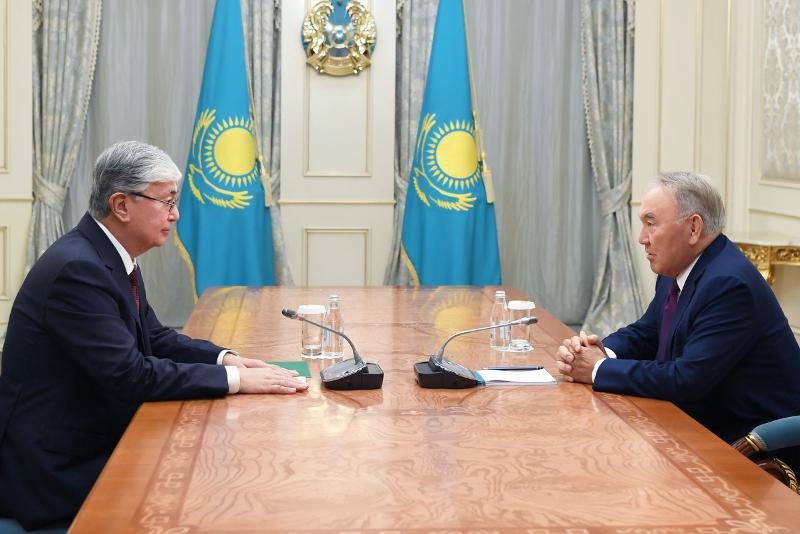 纳扎尔巴耶夫会见托卡耶夫总统
