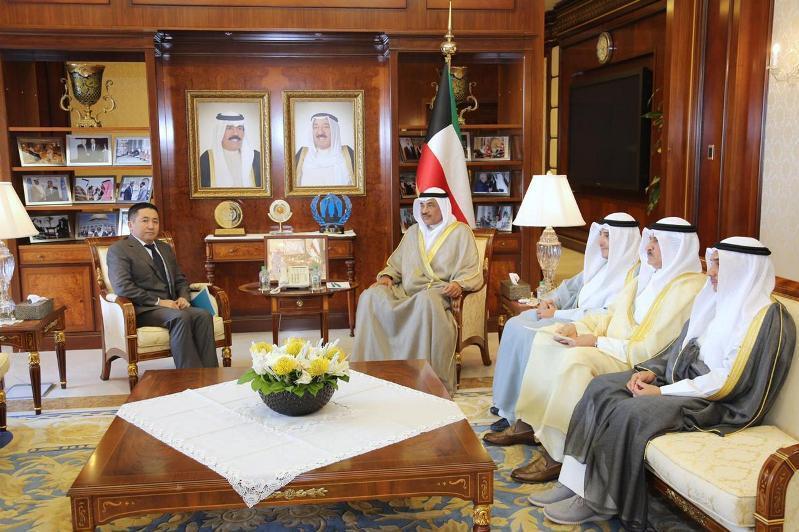 哈萨克斯坦大使会见科威特外长