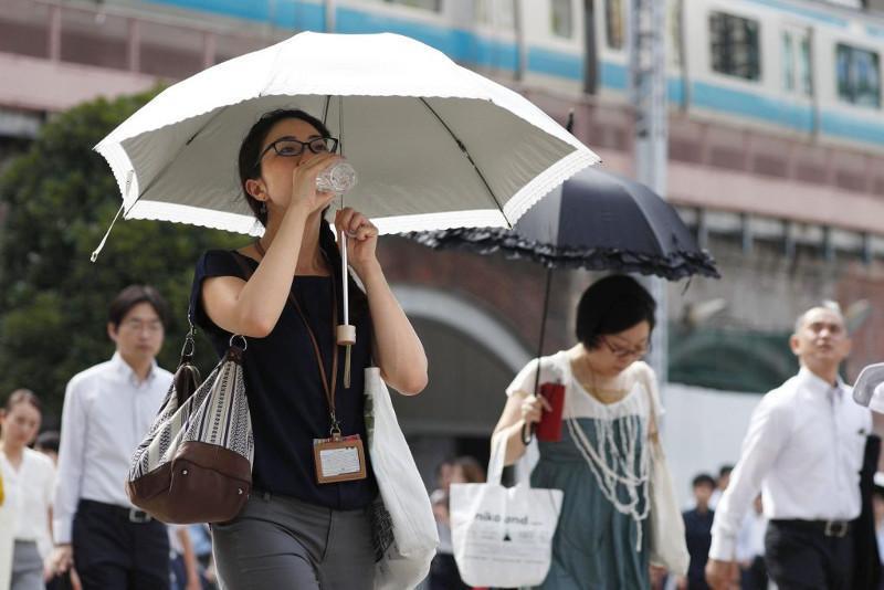 日本酷暑导致11人死亡 超过5000人入院
