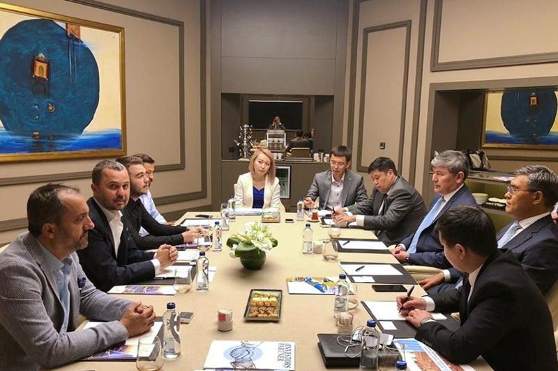 哈萨克斯坦经贸代表团访问伊斯坦布尔