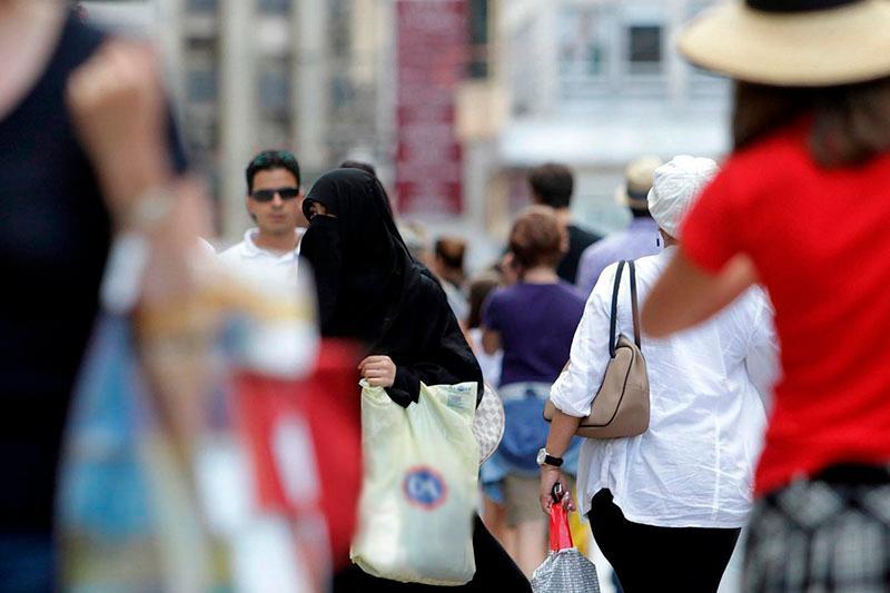 Запрет на ношение паранджи в общественных местах начал действовать в Нидерландах