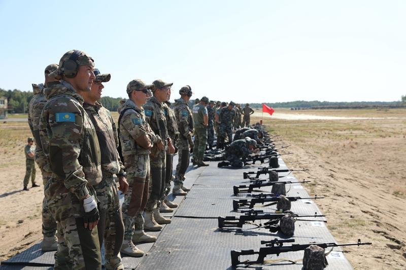 哈萨克斯坦官兵将参加在白俄举行的国际军事竞赛分赛项目