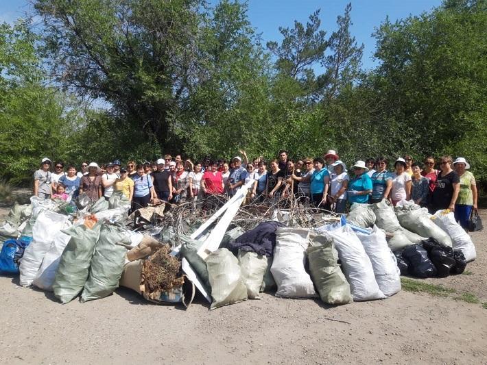 328 тонн мусора собрали в ходе акции «Birgе-Taza Qazaqstan» в Семее