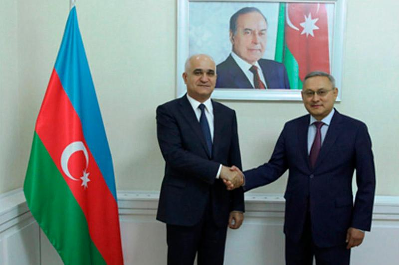 哈萨克斯坦和阿塞拜疆加强经济领域合作