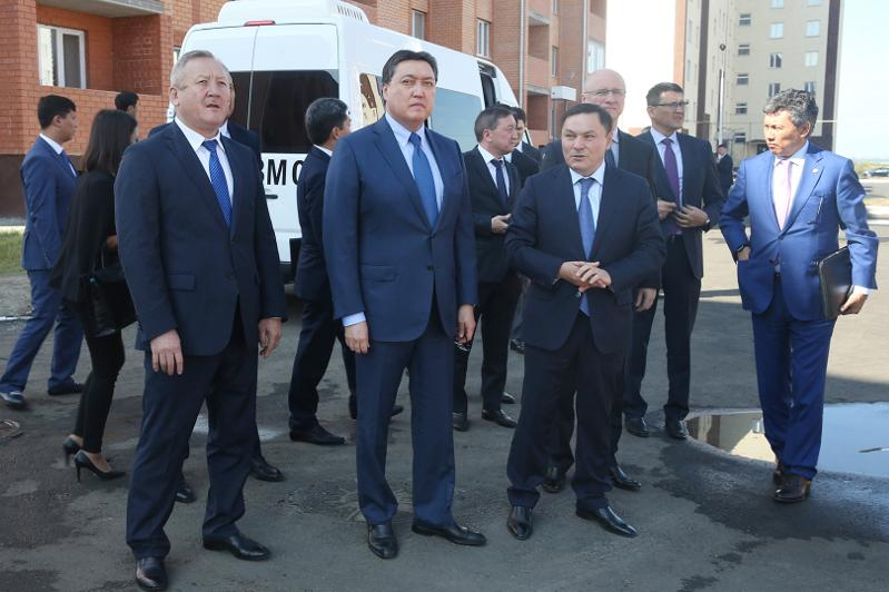 Kazakh PM tours Akmola region