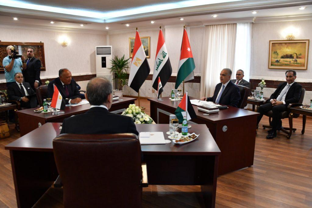 伊拉克、埃及和约旦外长商讨中东地区局势等问题