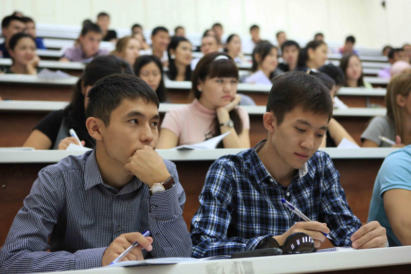 Членов мониторинговых групп призвали подключиться к наблюдению за вступительными экзаменами в колледжи