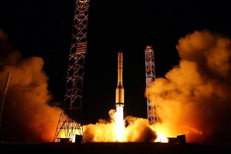 拜科努尔航天中心于6日成功发射一枚军用卫星