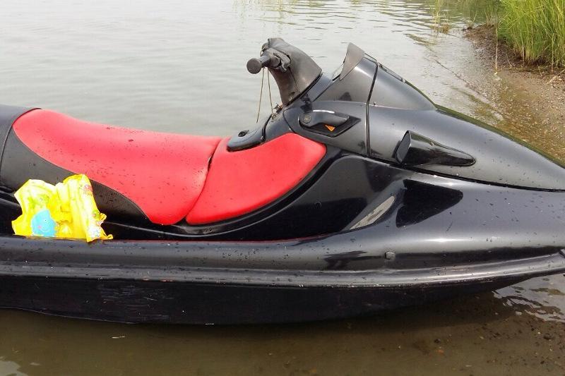Мужчина упал с гидроцикла и утонул в Северном Казахстане