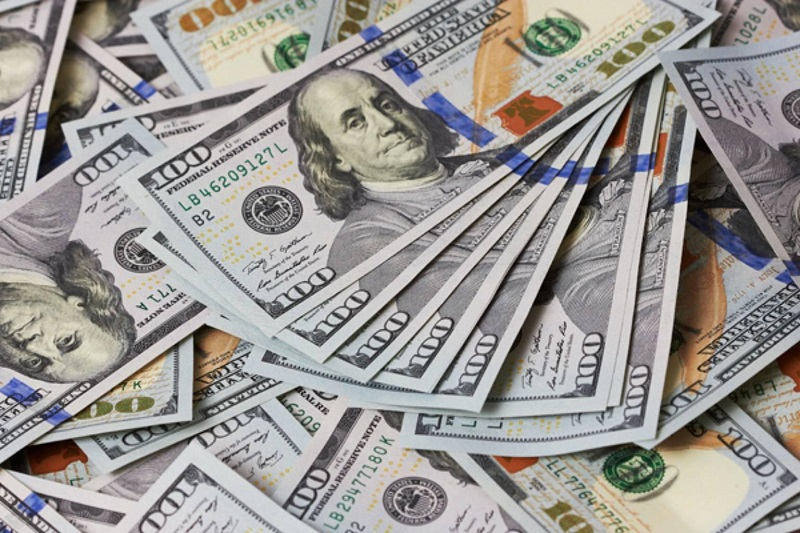 今日终盘汇率:美元兑坚戈1: 386.97