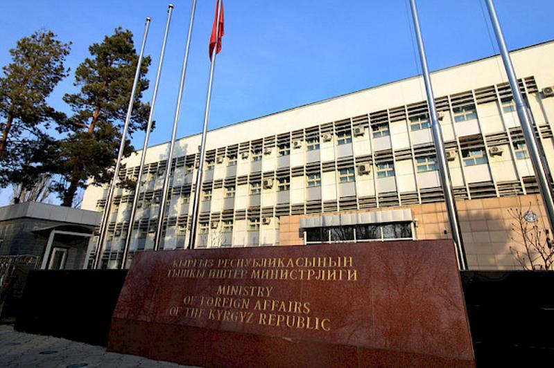 吉尔吉斯抗议白俄罗斯总统与巴基耶夫会晤