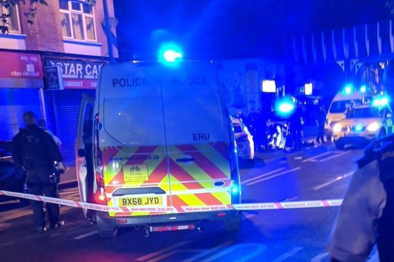 Полицейский пострадал в результате нападения с мачете в Лондоне