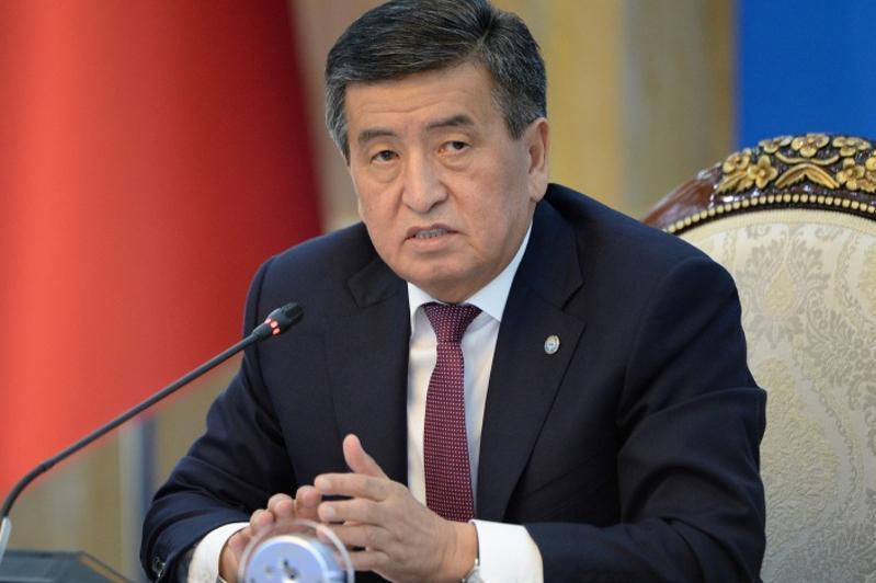 Сооронбай Жээнбеков: Алмазбек Атамбаев грубо попрал Конституцию и законы КР