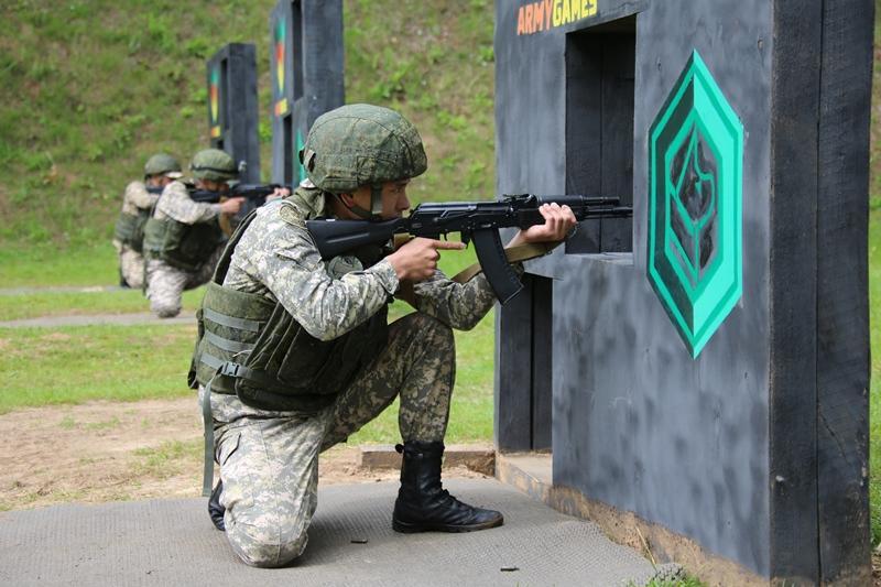 哈萨克斯坦军人在2019国际军事竞赛中名列前茅
