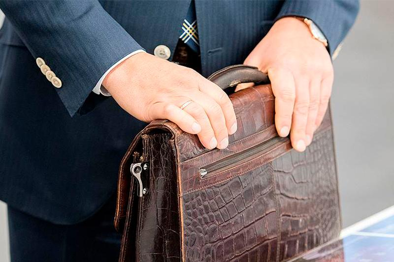 Бюджет қаржысын жымқырған Қарағанды облысы әкімінің бұрынғы орынбасары өз кінәсін мойындады