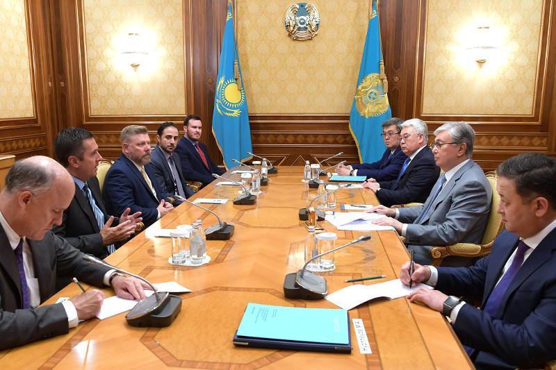 托卡耶夫总统会见美国众议院议员