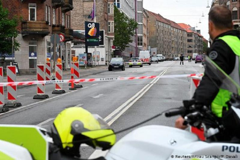 Взрыв прогремел в Копенгагене возле полицейского участка