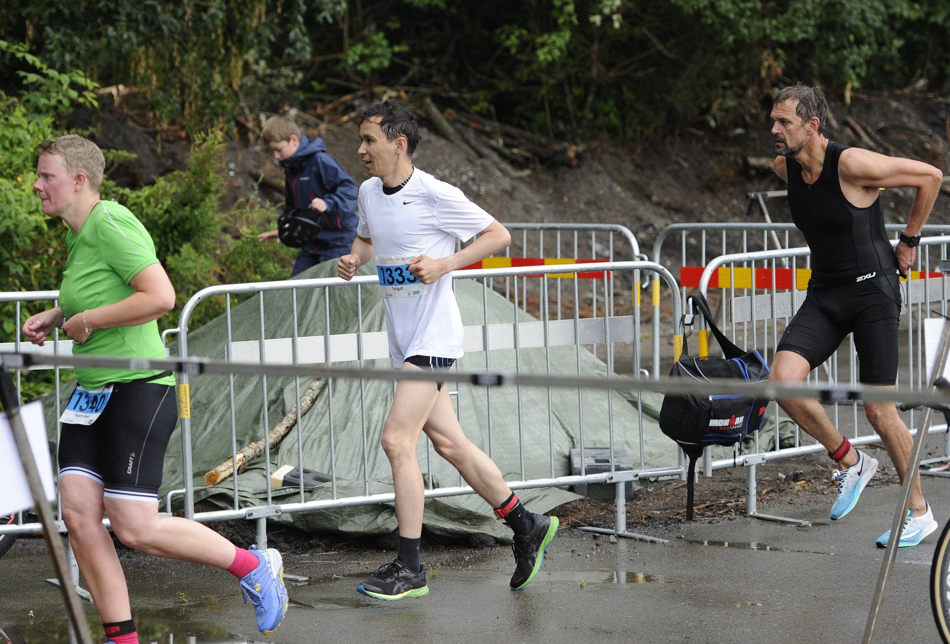 Қазақстандық дипломат «Oslo Triathlon» жарысына қатысты