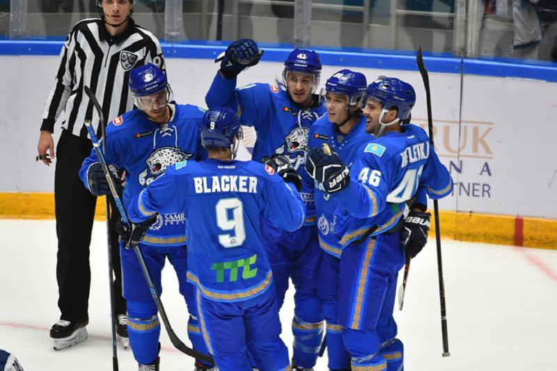 阿斯塔纳雪豹队获得总统杯国际冰球邀请赛冠军