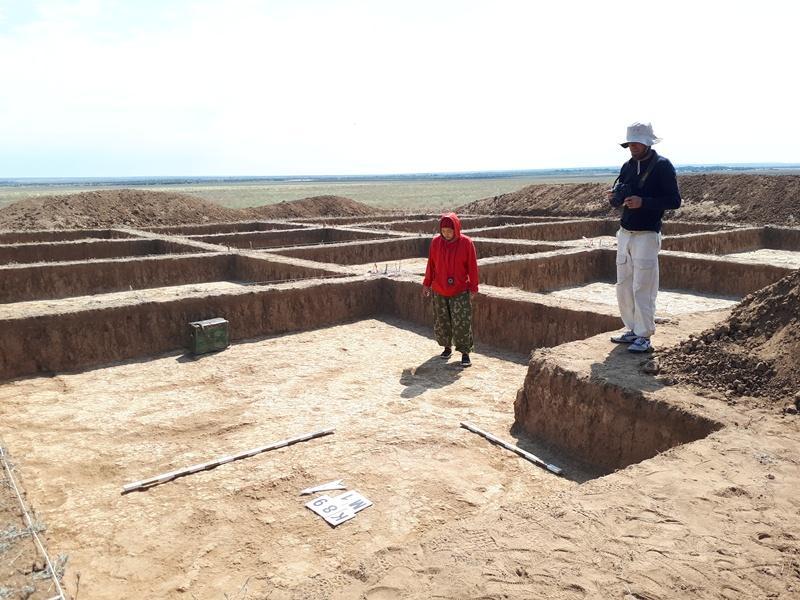考古学家在阿克托别发现一处匈奴古墓