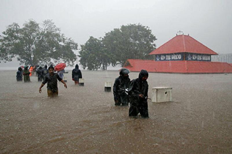 印度多地洪灾已造成至少100多人死亡