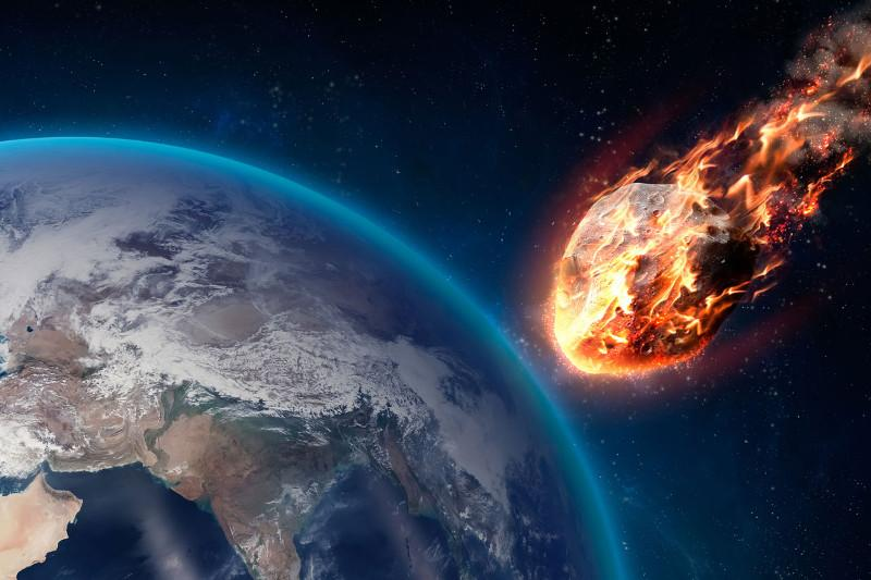 На Землю летит астероид размером с пирамиду Хеопса