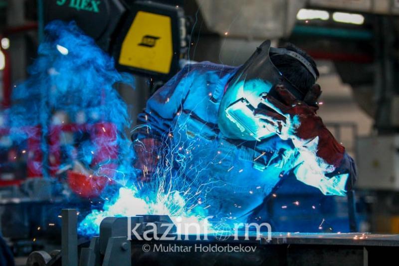Промышленное производство в Казахстане в январе-июле увеличилось на 2,7%