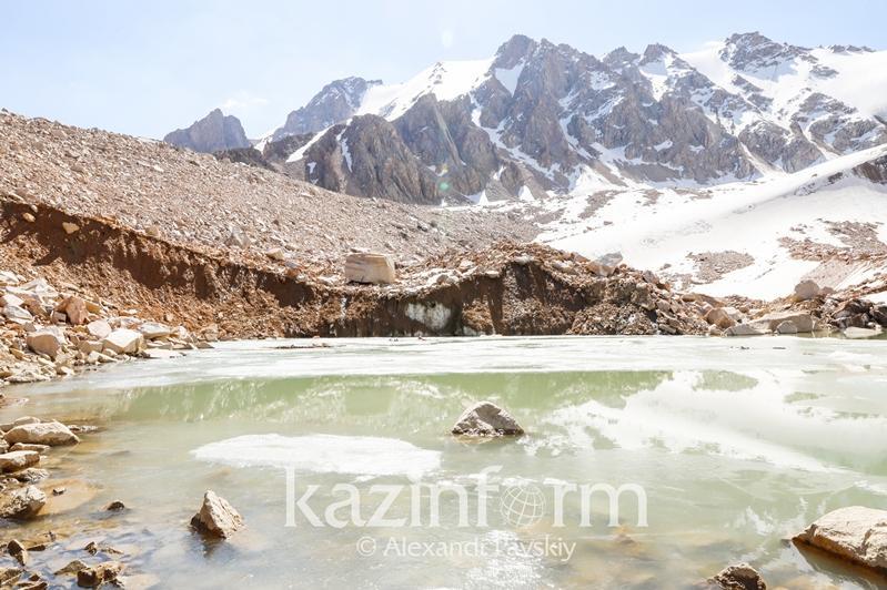 Угрозы для населения от моренных озер нет - ДЧС о ситуации в Алматы
