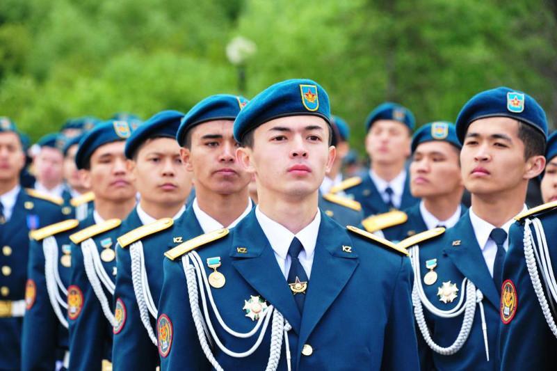 Новое поколение будущих военнослужащих отбирают в школах «Жас улан»