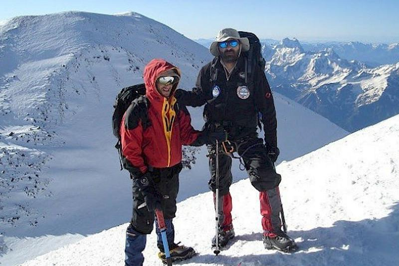 На пике Хан-Тенгри погиб альпинист из Черногории